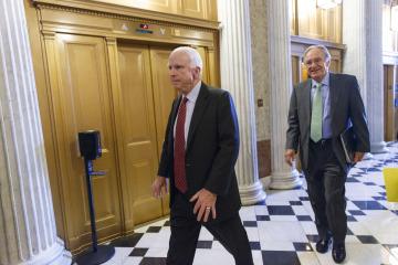 John McCain, Tom Harkin