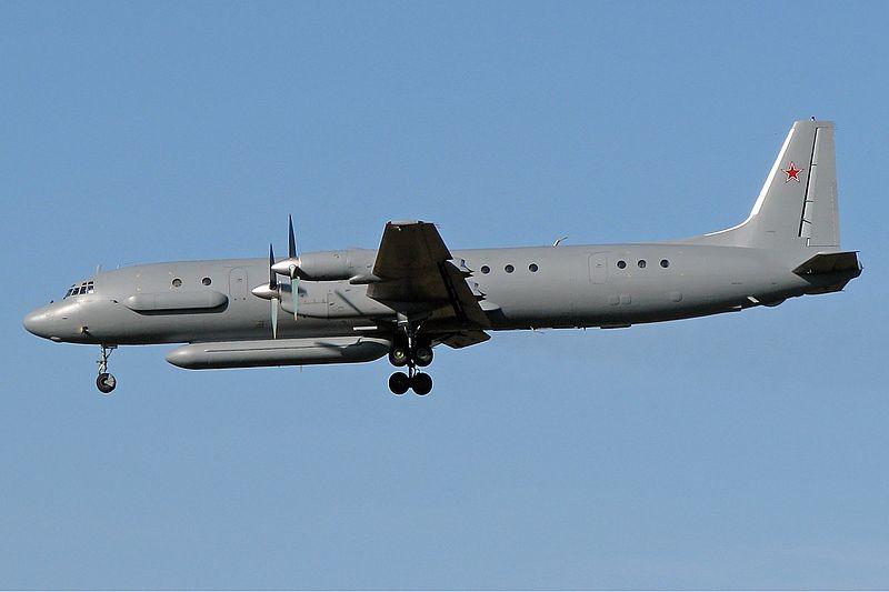 800px-Ilyushin_Il-20M_(2)