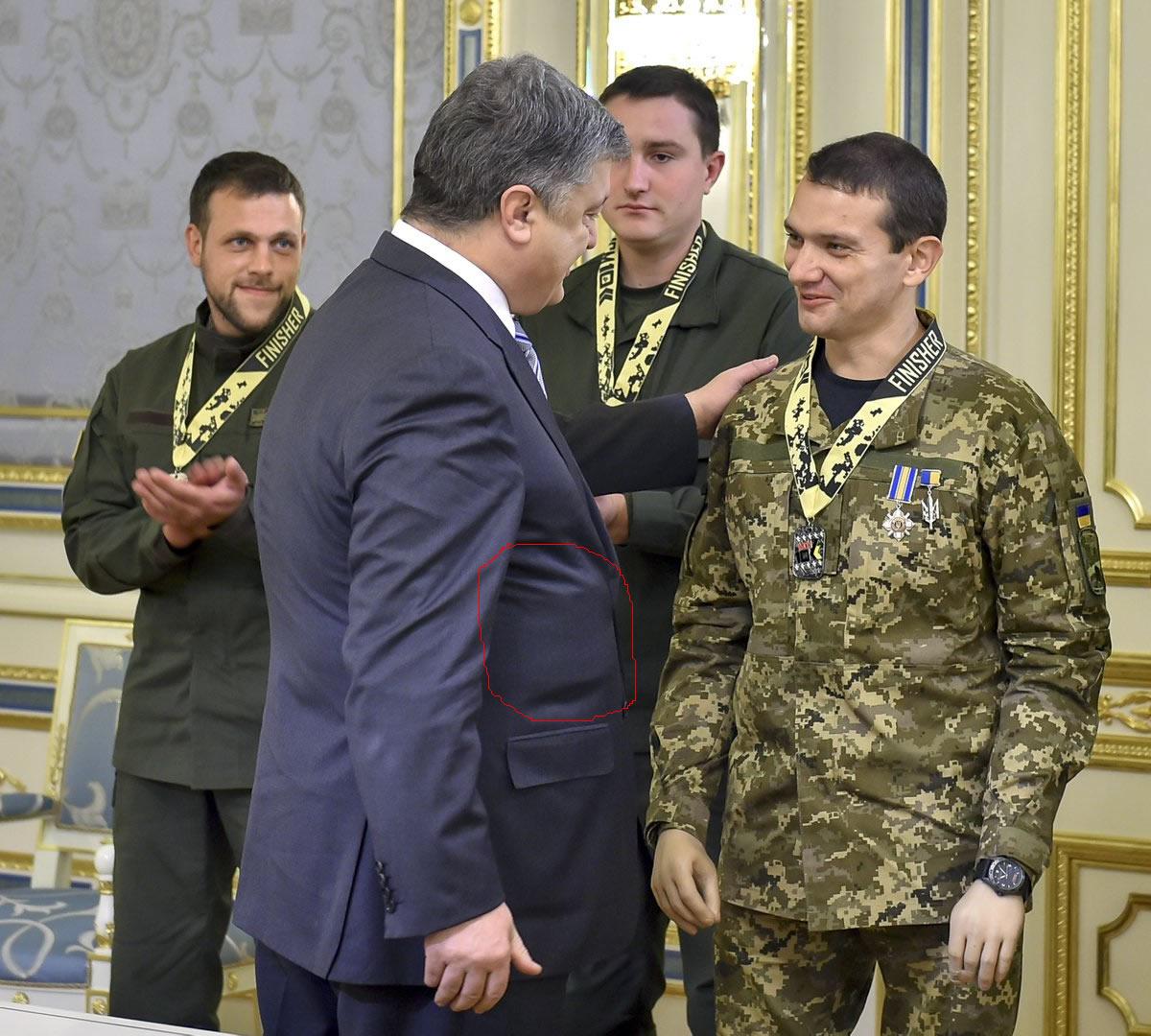 poroshenko-s-kvadratnoi-hernei
